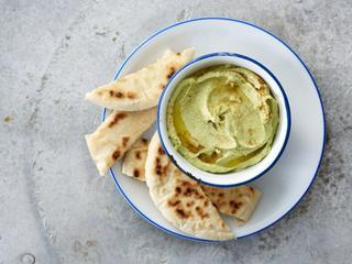 Hummus zou gezond zijn en een goede vleesvervanger