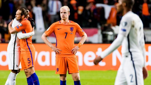 Oranje verliest van Frankrijk en zakt naar derde plaats in groep