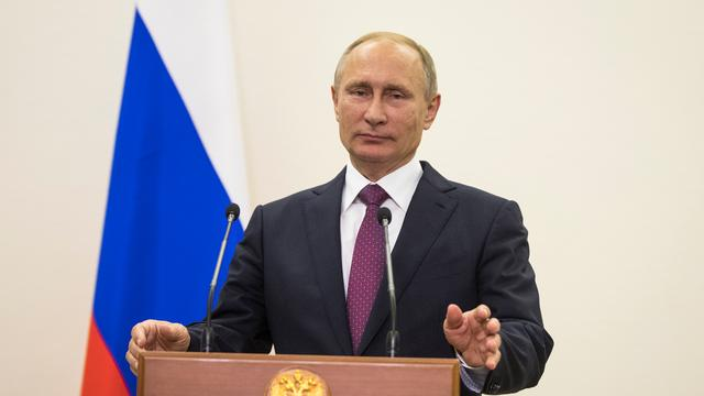 Poetin wil luchtaanvallen op Aleppo nu niet hervatten