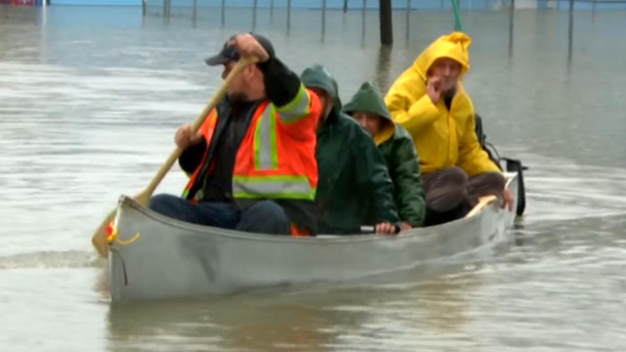 Evacuaties in Quebec vanwege overstroming