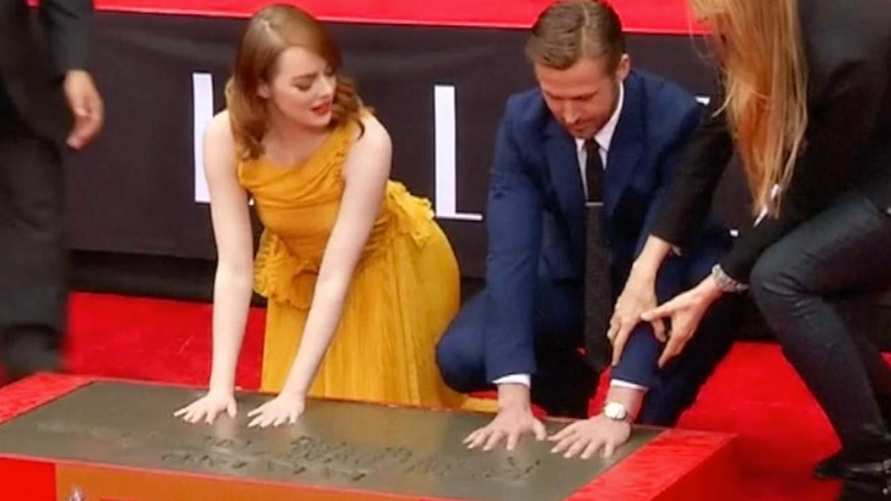 Emma Stone en Ryan Gosling zetten hand- en schoenafdruk in cement