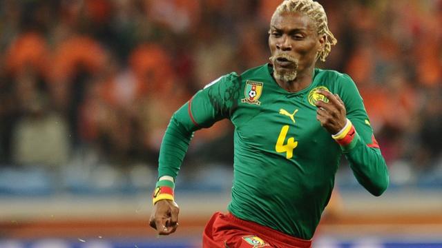 Voormalig Kameroens international Song (40) ontwaakt uit coma
