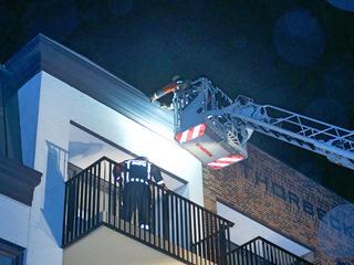 De brandweer kreeg meldingen over onder andere omgewaaide bomen en losse dakpannen