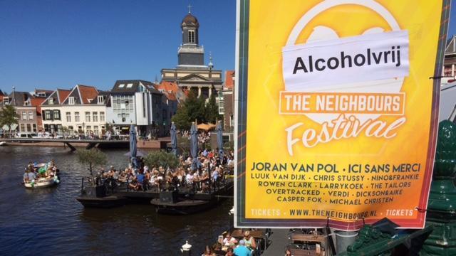 PvdA Leiden in het geweer tegen illegale reclameborden