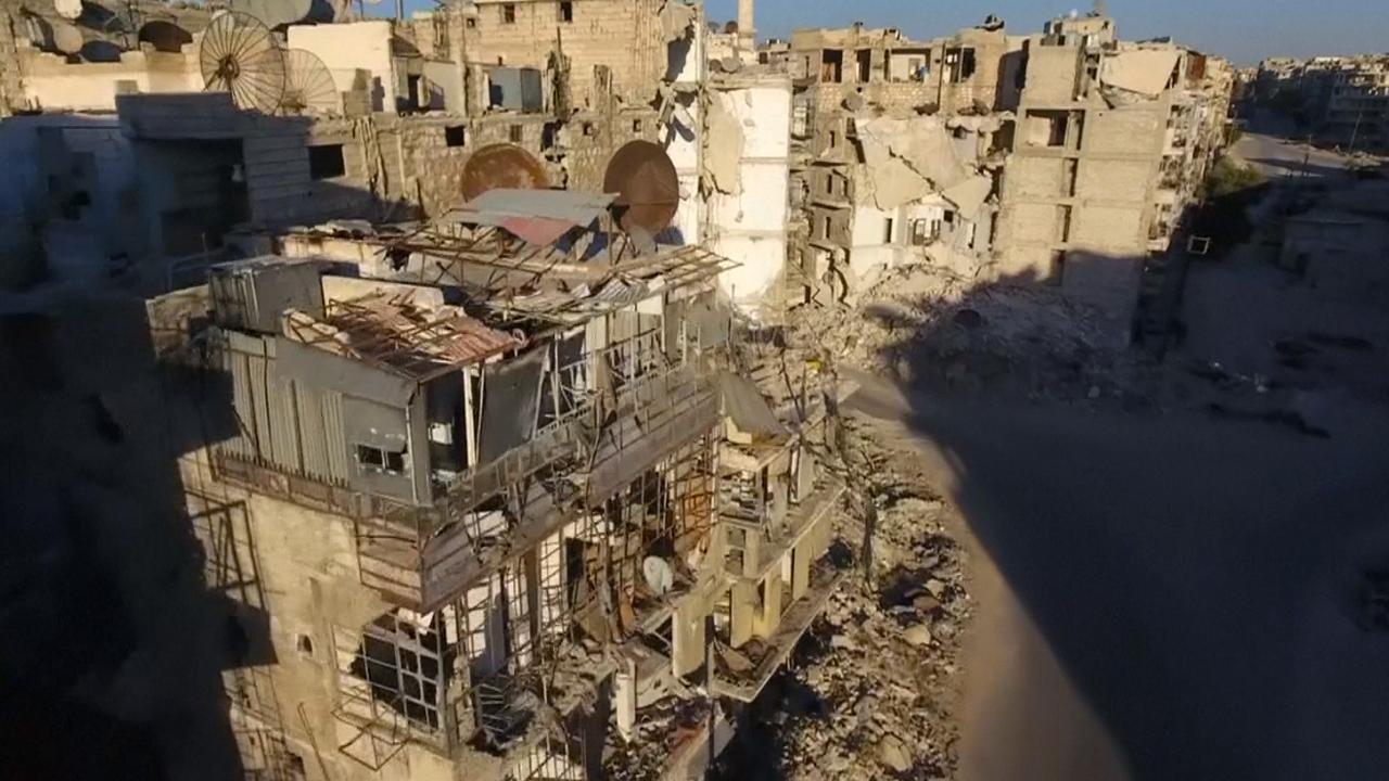 Dronebeelden tonen ravage na bombardementen Aleppo