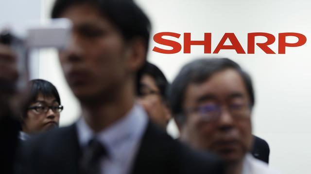 Foxconn neemt Sharp over voor kleiner bedrag