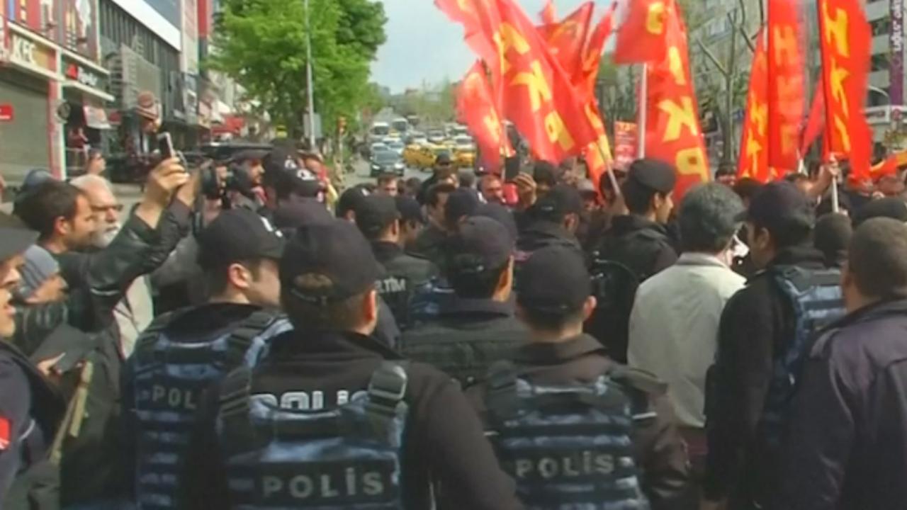 Politie grijpt in bij protesten tijdens Dag van de Arbeid in Istanbul