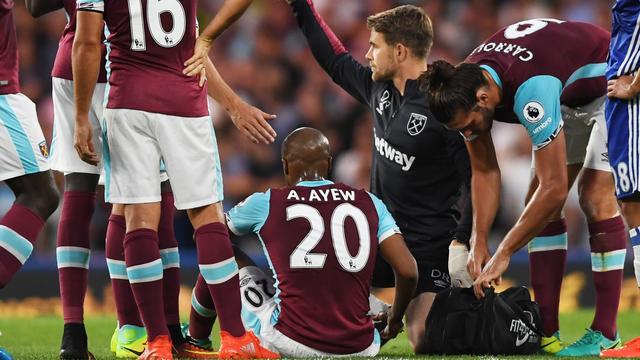 West Ham rest van kalenderjaar zonder recordaankoop Ayew