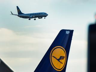 Ryanair vervoerde vorig jaar 117 miljoen passagiers en Lufthansa 110 miljoen