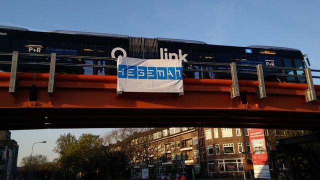 Eerste bussen via nieuwe brug over Paterswoldseweg