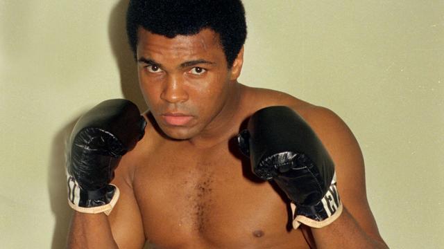 Bokslegende Muhammad Ali op 74-jarige leeftijd overleden