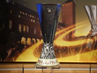 Huldigingen vonden laatste jaren plaats op tribune bij UEFA-finales