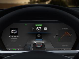 Een persoon crashte met een Tesla in Autopilot-modus tegen een vrachtwagen in 2016