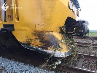 91-jarige automobilist op het nippertje gered van aanstormende trein