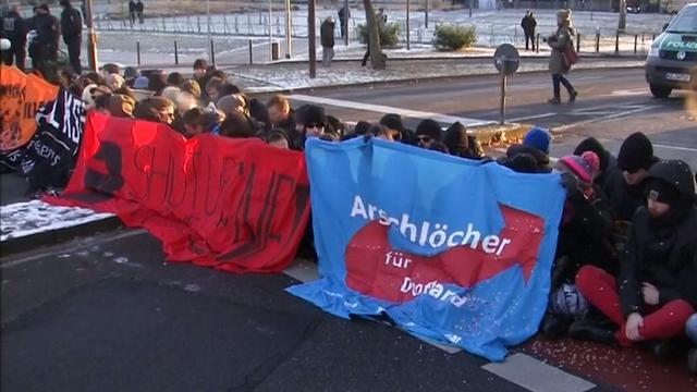 Congres Europese populistische partijen in Duitsland ontvangen met protest