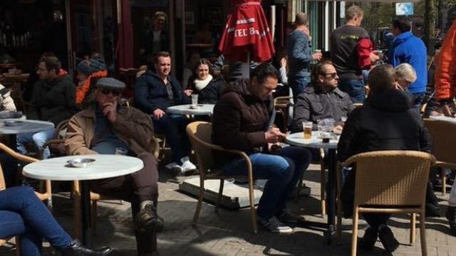Rondje op Amsterdams terras weer het duurst