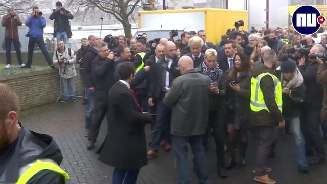 Veel pers voor Wilders bij start campagne