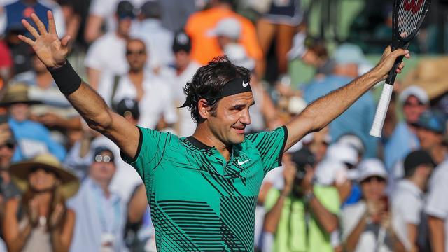 Federer treft Kyrgios in halve finale Miami na thriller tegen Berdych