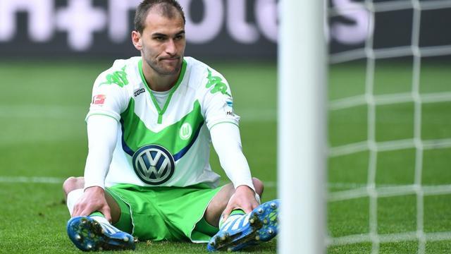 Dost snapt niets van fluitende fans VfL Wolfsburg