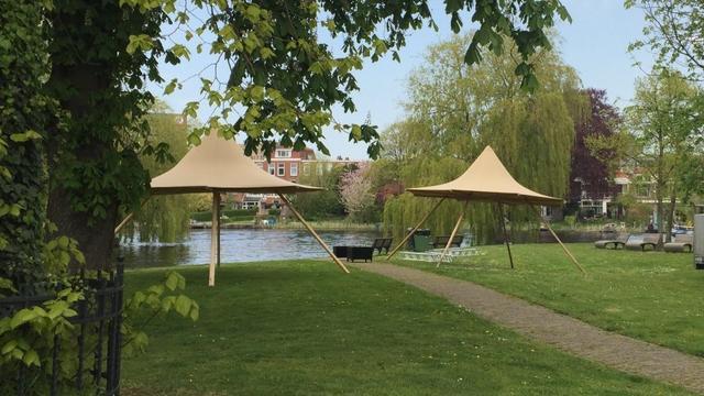 Rembrandtpark omgetoverd tot zomers barbecue-terrein