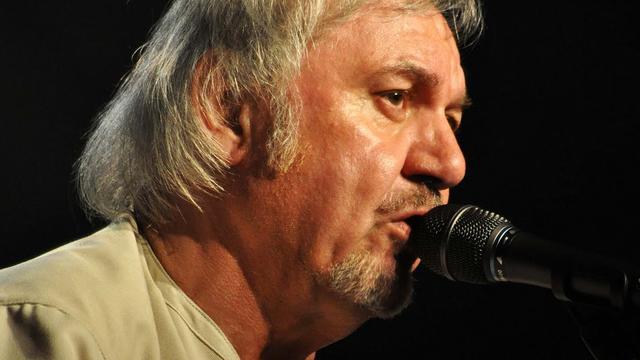 Belgische zanger Zjef Vanuytsel (70) overleden