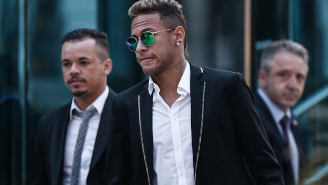 Spaans OM wil Neymar vervolgen voor fraude bij transfer