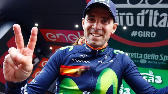 Valverde ziet Kruijswijk roze trui niet meer afstaan in Giro