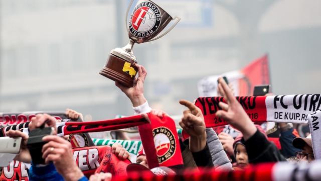 KNVB streeft naar toelating Feyenoord-fans bij Johan Cruijff Schaal