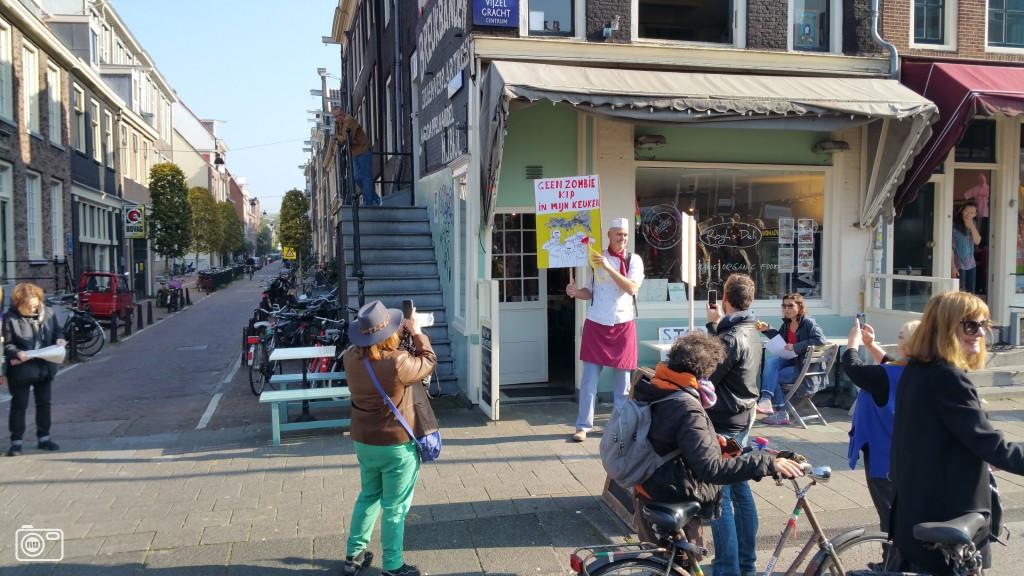 Grote opkomst bij anti ttip demonstratie in amsterdam foto for Demonstratie amsterdam