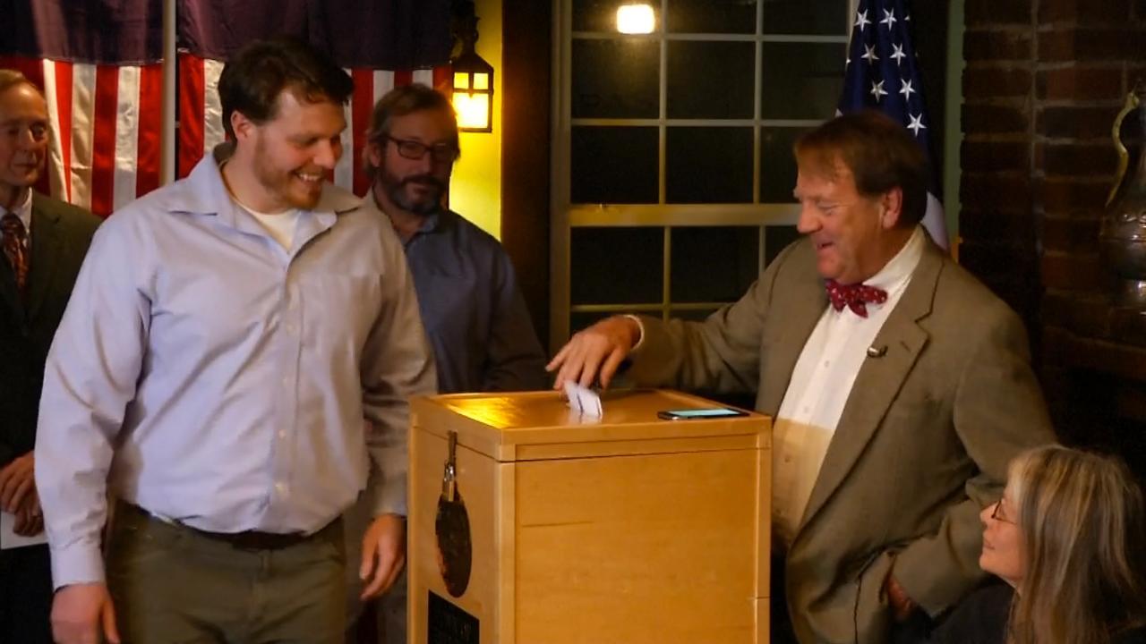 Eerste stembureaus VS geopend, uitslagen eerste gehuchten binnen