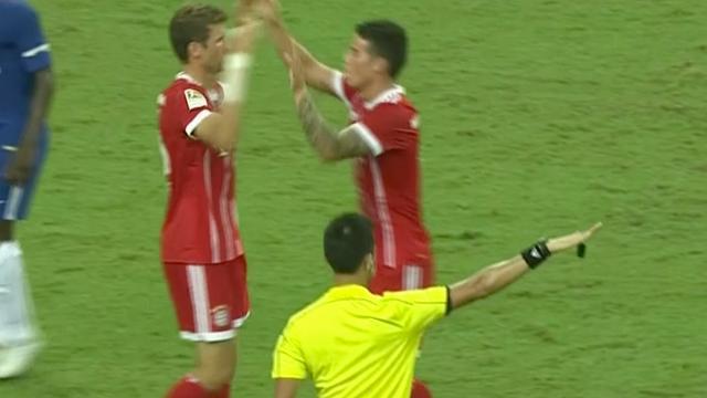 Bayern München verslaat Chelsea in oefenwedstrijd in Singapore