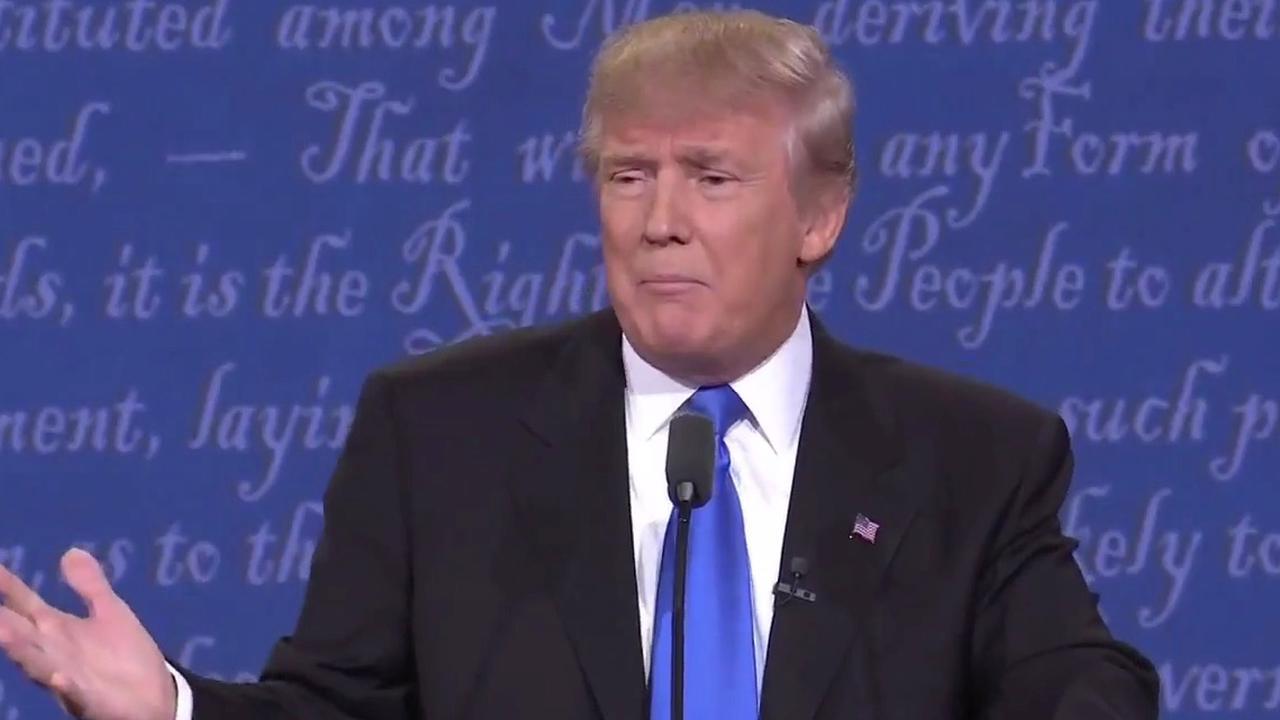 Trump: zal mijn belastingteruggave laten zien als Clinton verwijderde e-mails laat zien