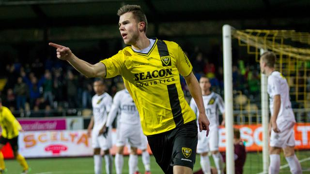VVV te sterk voor NAC in topper, spektakel bij Emmen-Almere City