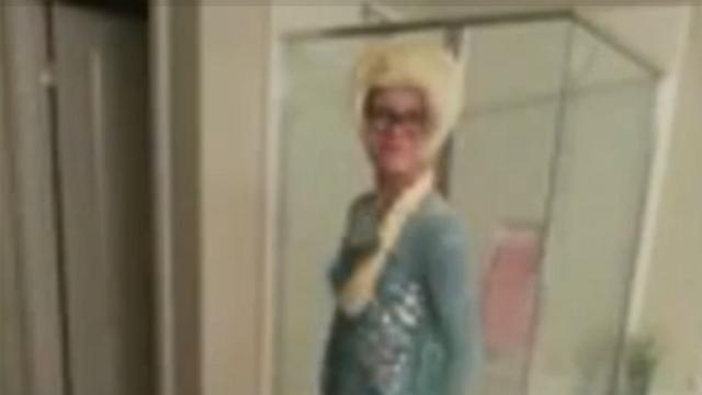 Jongen van school gestuurd na dragen van Elsa-jurk