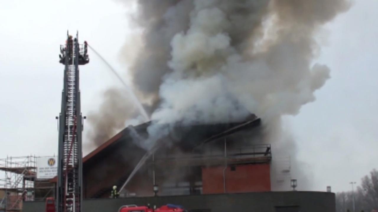 Grote brand bij Van der Valk Heerlen