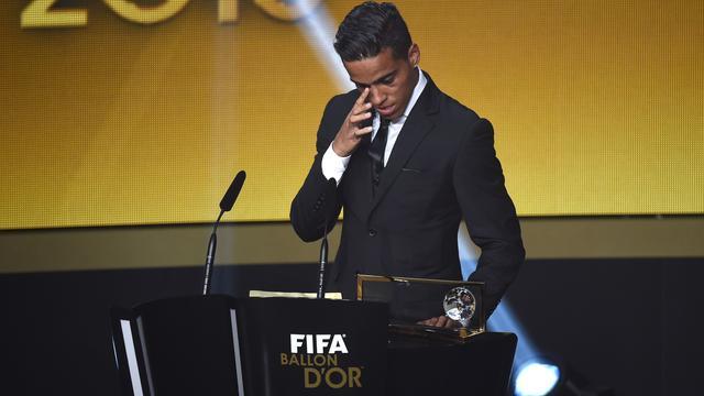 Braziliaan Lira wint Puskas Award voor mooiste doelpunt 2015