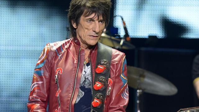 The Rolling Stones-gitarist Ronnie Wood ondergaat longoperatie