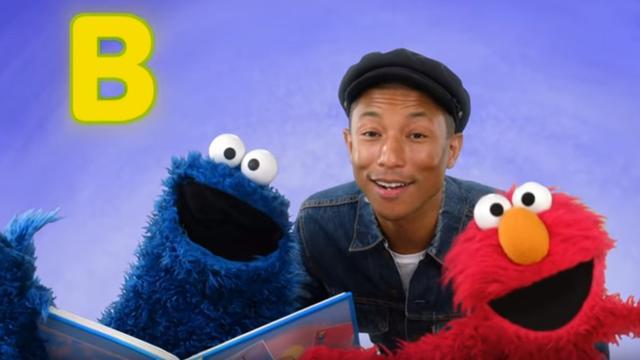 Pharell Williams op bezoek bij Elmo en Koekiemonster in Sesamstraat