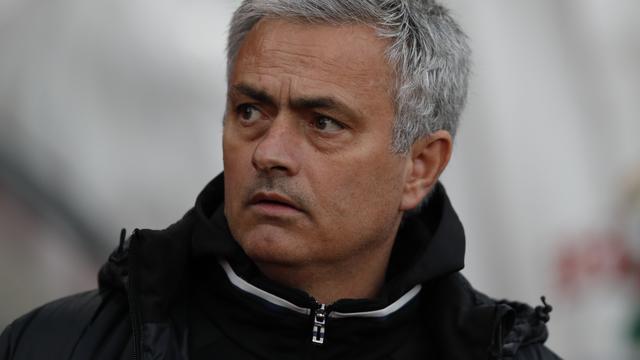 Manchester United met veredeld jeugdteam in laatste competitieduel