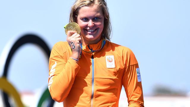 Zwemster Van Rouwendaal verovert goud op 10 kilometer open water