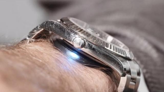 Nederlandse gadget maakt smartwatch van normaal horloge