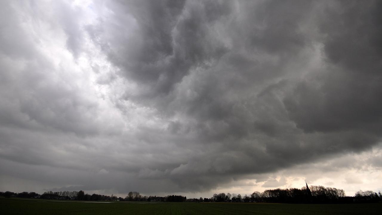 KNMI waarschuwt voor code geel in noordwesten van Nederland