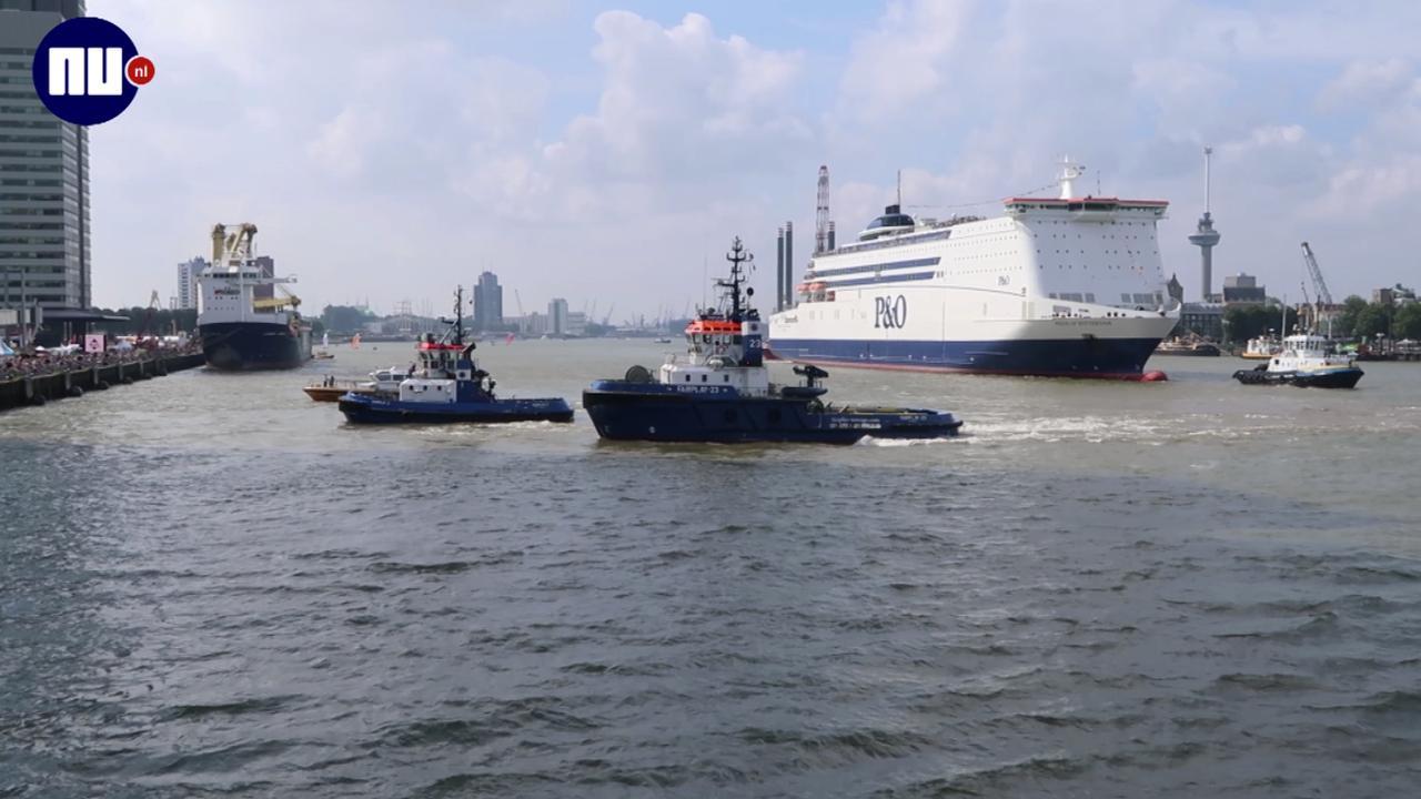 Volle kades in Rotterdam door Wereldhavendagen
