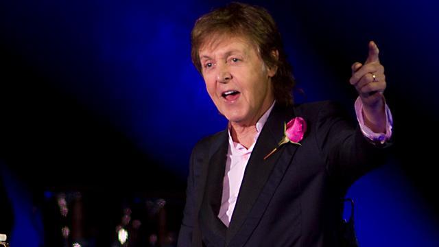 Recensieoverzicht: 'Paul McCartney is levenslustig op Pinkpop'