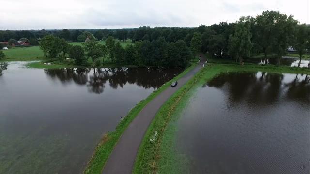 Dronebeelden van overstromingen in Losser