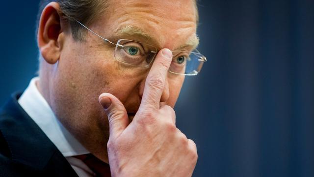 Minister Van der Steur erkent falen ambtelijke top eigen ministerie