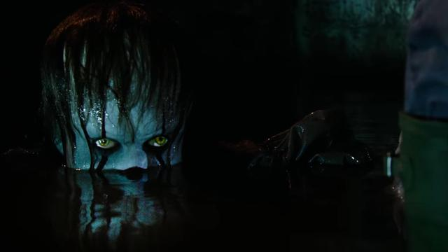 Horrorclown Pennywise terug in Stephen King-verfilming 'IT'