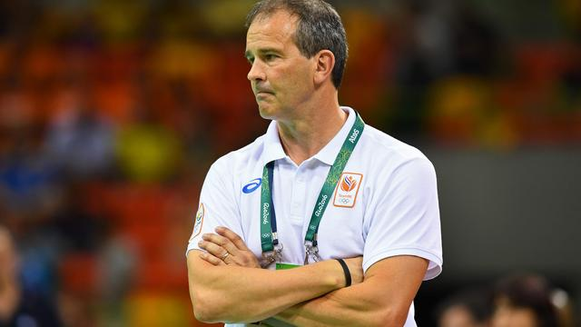 Groener ziet opluchting bij handbalsters na eerste zege in Rio