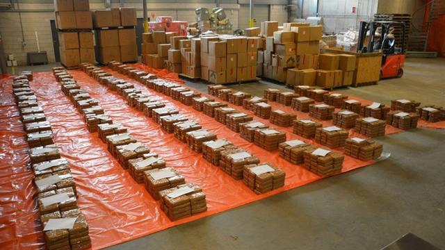 Douane onderschept 2.900 kilo cocaïne in haven Rotterdam