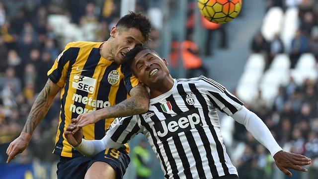 Hellas verliest bij debuut Emanuelson, zege voor koploper Inter